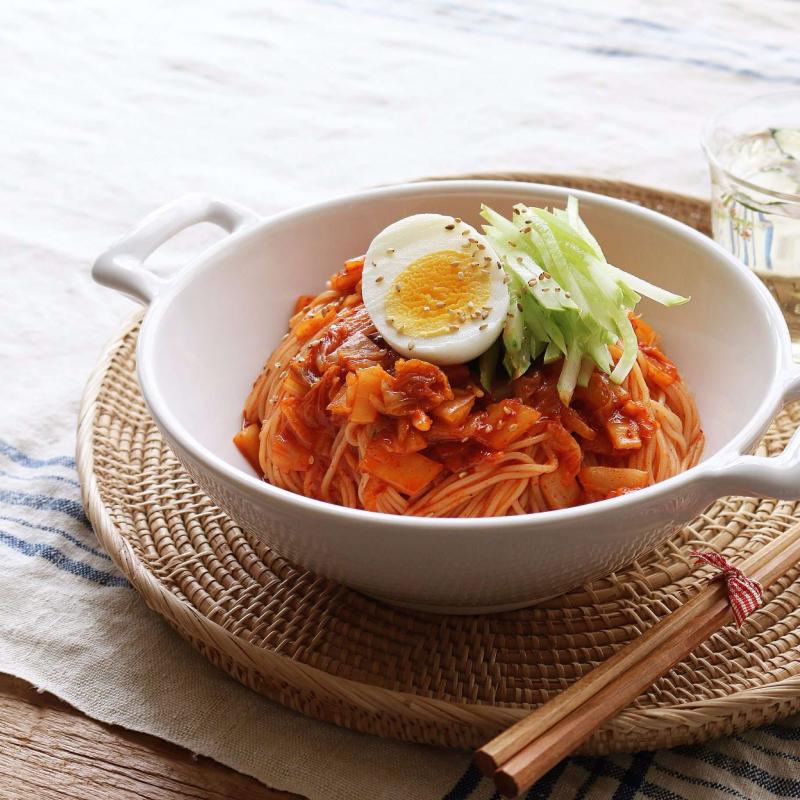Kimchi Bibim Guksu - Mì Trộn Kim Chi