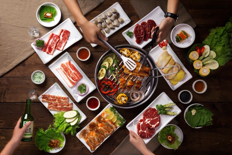 Attractive Korean dishes at the restaurant