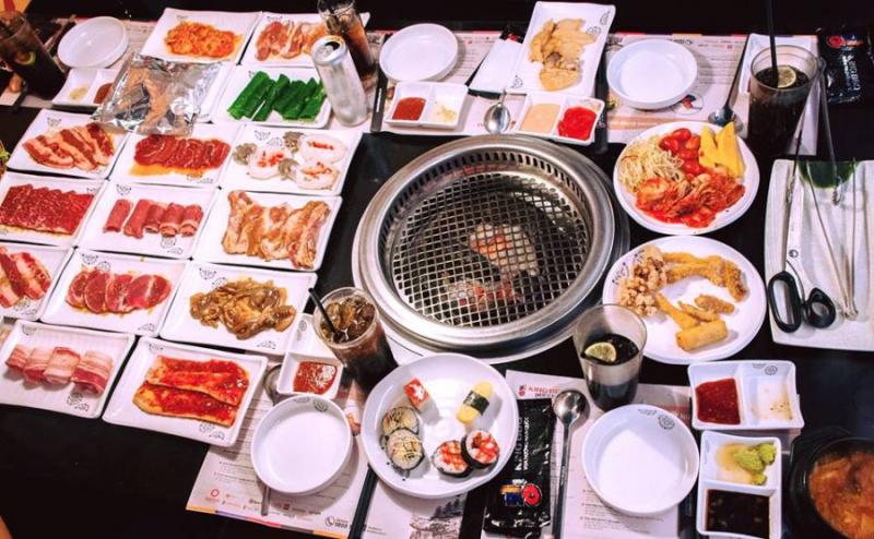 Bí quyết của King BBQ nằm ở nước sốt tẩm ướp thịt được chế biến từ nguyên liệu hoàn toàn tự nhiên