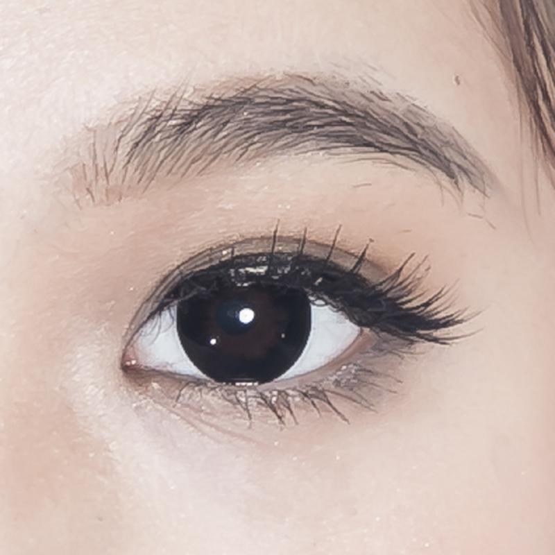 Kính áp tròng Mắt Nai