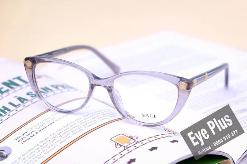 kính râm cận có hại mắt không