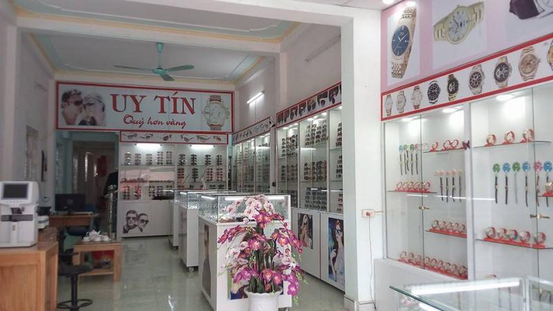 Cửa hàng kính mắt Mai Anh