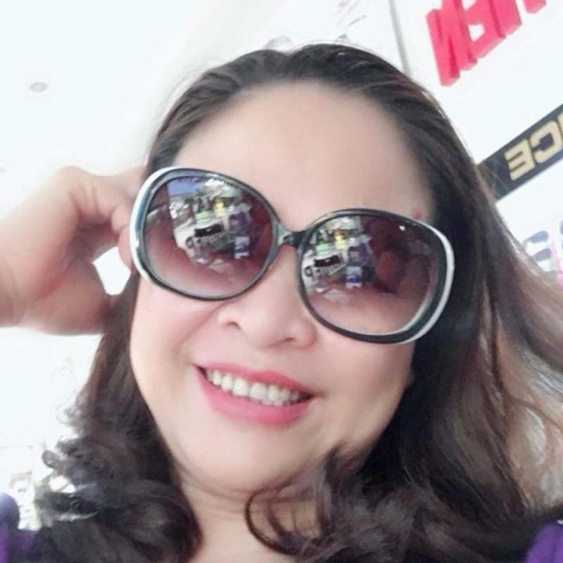 Kính mắt thời trang tại cửa hàng kính mắt Sánh Điểm
