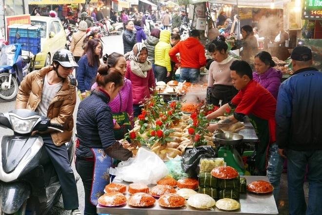 Những ngày cận Tết hoặc lễ hội sẽ khiến giá thành sản phẩm bị