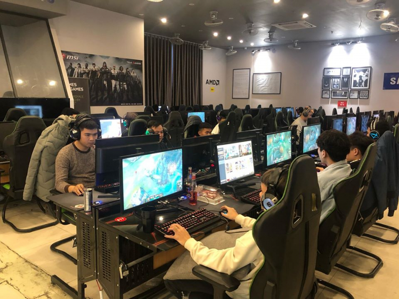 KOW Gaming Center