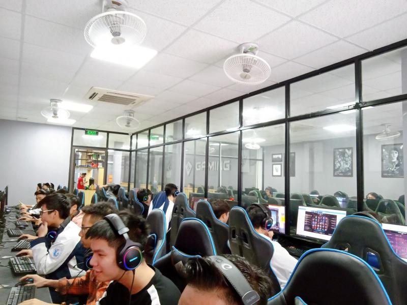 KOW Gaming Center
