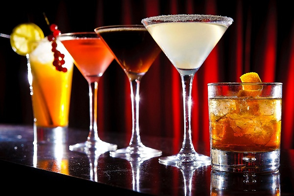 Kỹ Thuật Pha Chế Cocktail