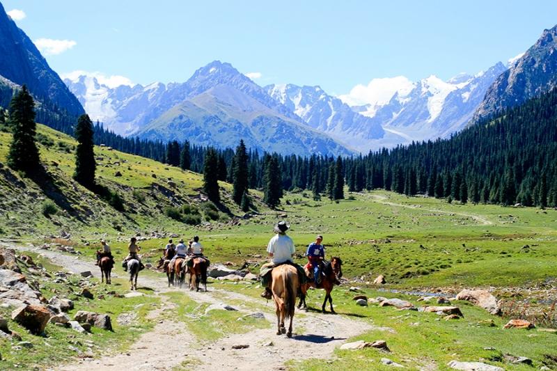 Kyrgyzstan có thu nhập bình quân thấp thứ 8 châu Á
