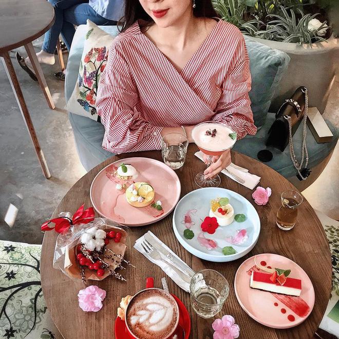 Những món ăn màu hồng đẹp không nỡ ăn
