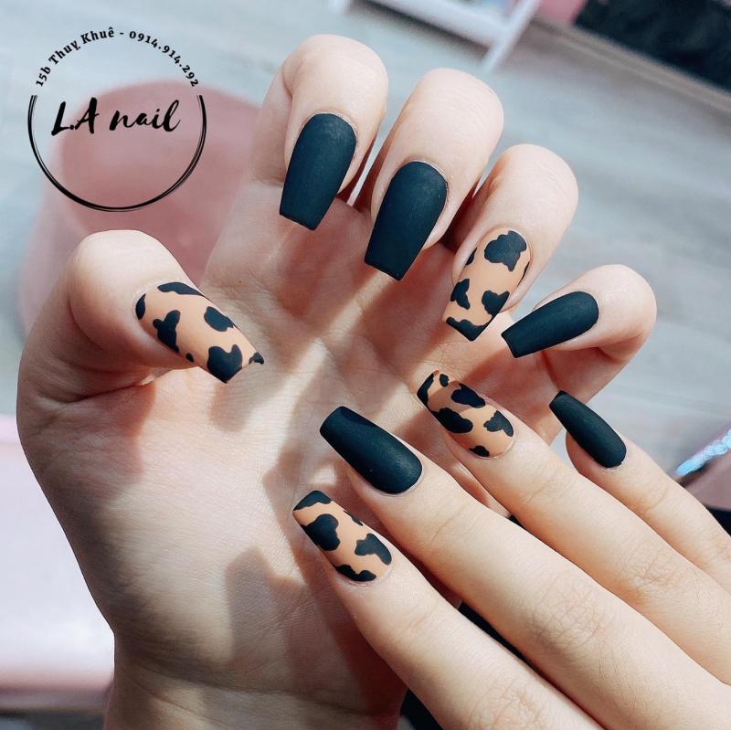 L.A Nails (L.A Beauty Salon)