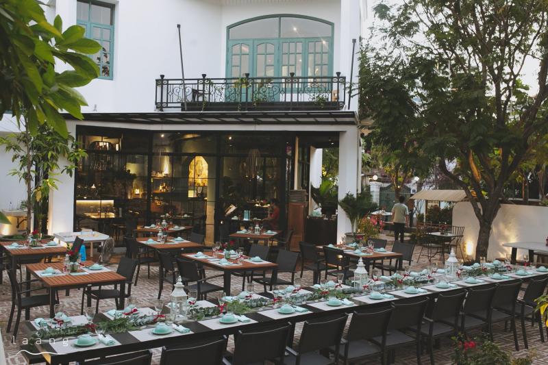 Laang Restaurant