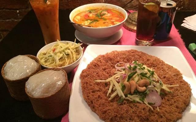 Món ăn Thái bắt mắt ở Lạc Thái 1