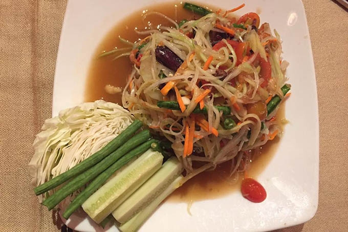 Món ăn tại nhà hàng Lạc Thái