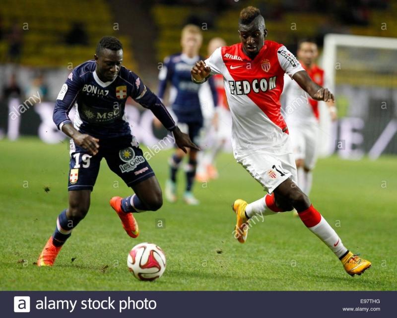 Lacina Traore trong máu áo AS Monaco