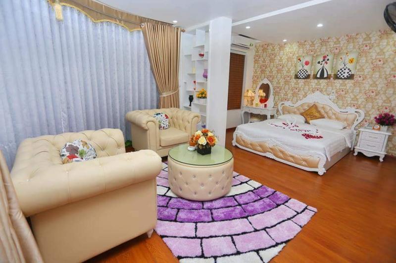 . Khách sạn Lâm Anh