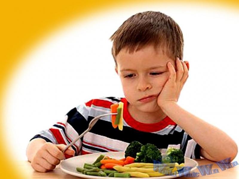 Sử dụng thuốc kháng sinh là một trong nguyên nhân dẫn đến trẻ biếng ăn