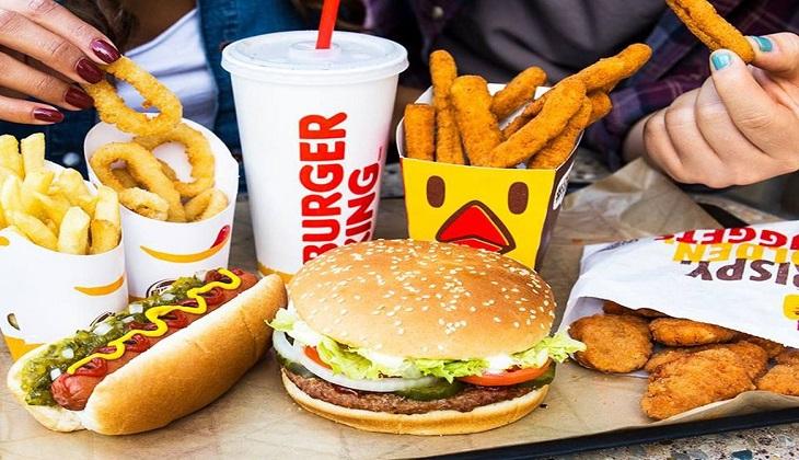 Tránh lạm dụng đồ ăn nhanh
