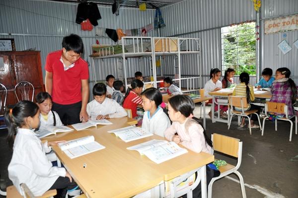 Làm gương - bí quyết giúp giữ trật tự trong lớp