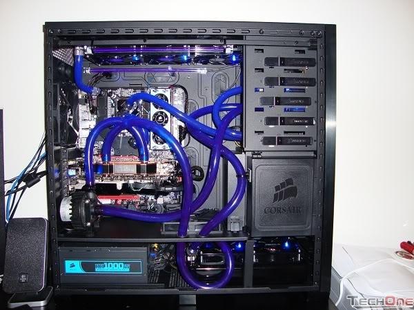 Hệ thống ống bơm làm mát máy tính