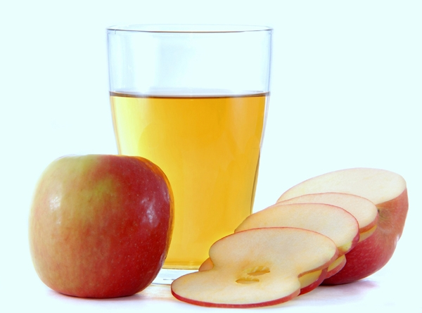 Cách làm trắng răng với giấm táo