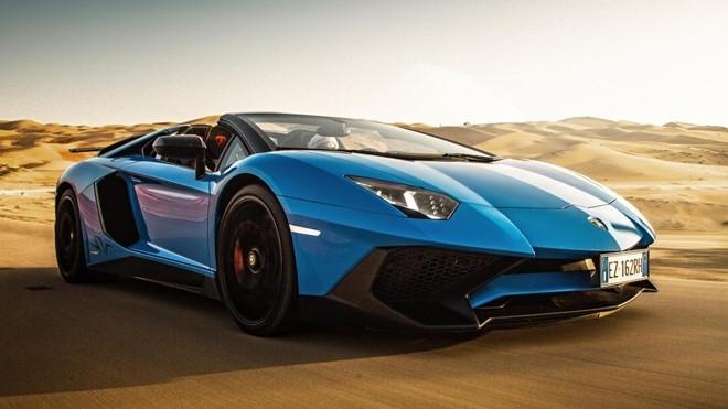 Xếp vị trí thứ 4 là mẫu Lamborghini Aventador SV Roadster