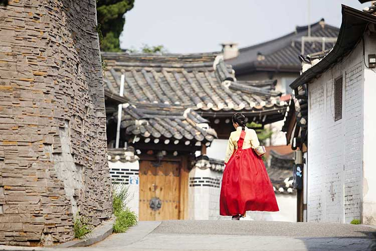 Ngôi làng là một không gian hoàn hảo ngập tràn dấu ấn lịch sử của Hàn Quốc.