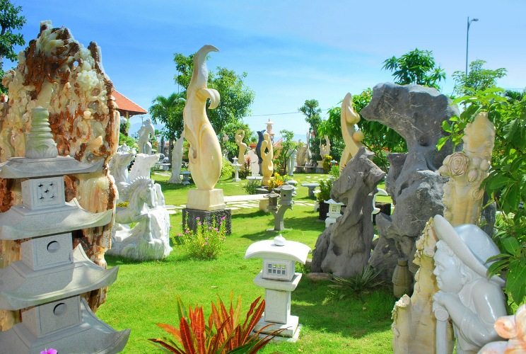 Các tác phẩm nghệ thuật được chế tác từ đá