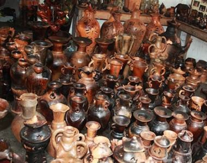 Làng gốm Bầu Trúc