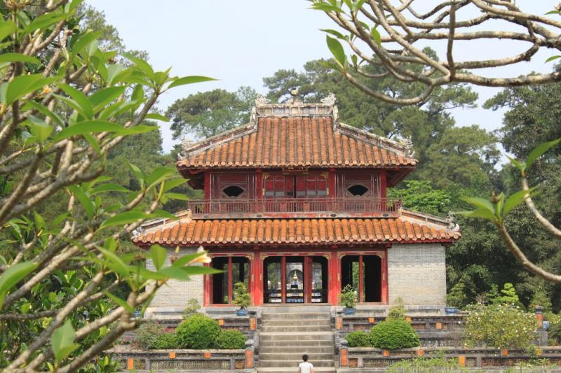 Lăng Minh Mạng là một trong những lăng tẩm được đánh giá là uy nghi, chuẩn mực nhất trong những kiến trúc của thời nhà Nguyễn.