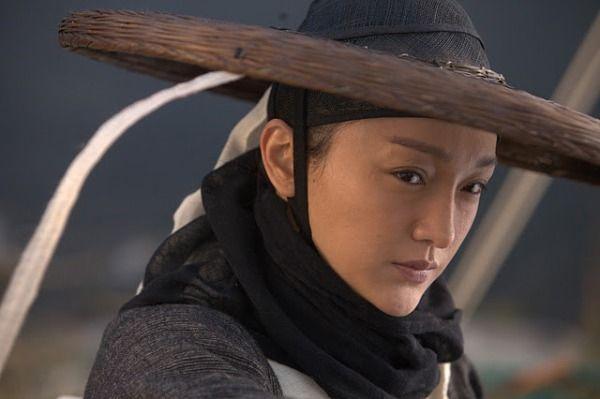 Châu Tấn trong vai Lăng Nhạn Thu