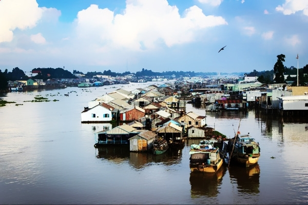 Scenery of Chau Doc floating village