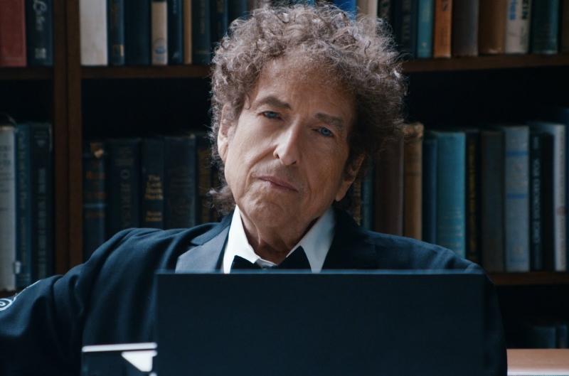 Lãng tử du ca Bob Dylan được vinh danh với giải thưởng Nobel văn học 2016