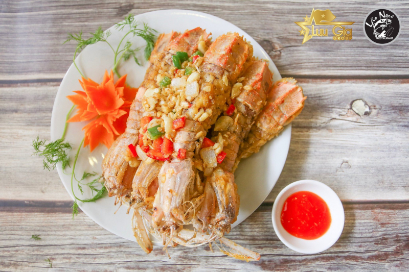 Nhà hàng hải sản Lão Ngư
