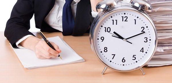 Lên lịch cho những công việc ưu tiên, cần phải làm trong ngày sẽ giúp bạn ghi nhớ, không bỏ sót và có ý tưởng cho việc thực hiện tốt nhất.