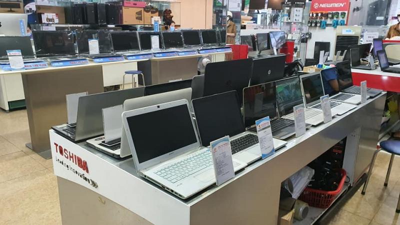Laptop Sơn Đạt
