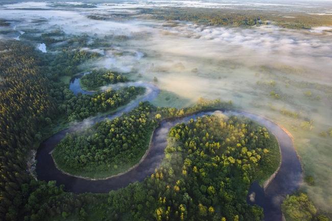 Latvia nhìn từ trên cao xuống