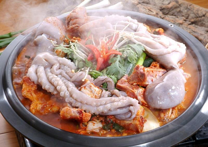 Lẩu bạch tuộc Hàn Quốc