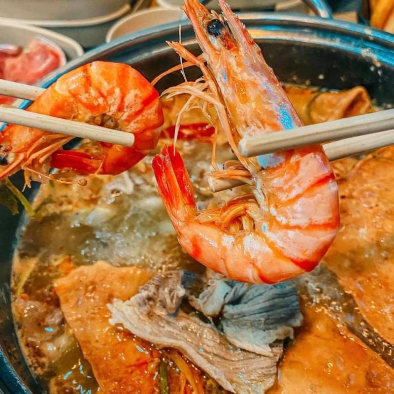 Lẩu Băng Chuyền - ChiChi