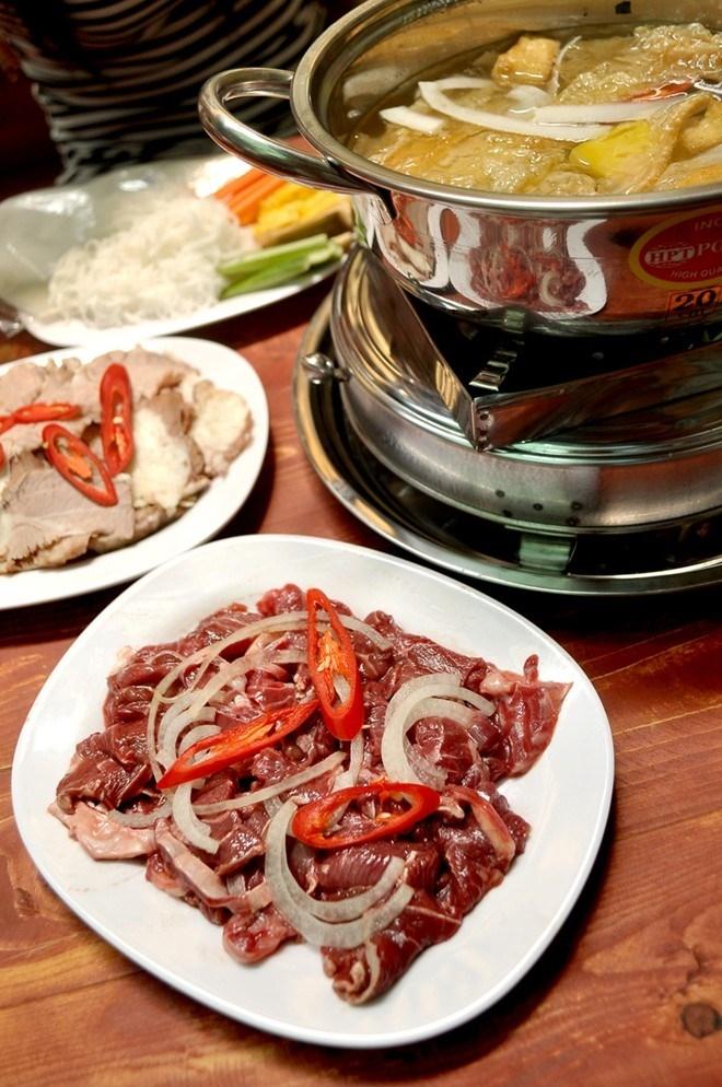 Đĩa thịt bò nhúng đầy đặn, nhìn thôi đã thấy ngon rồi