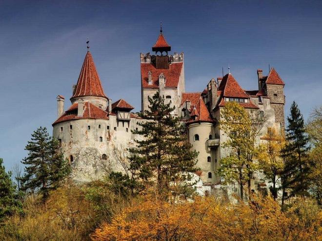 Lâu đài Dracula's Bran Castle, Nước Romania – Có giá: 135 triệu đô la Mỹ