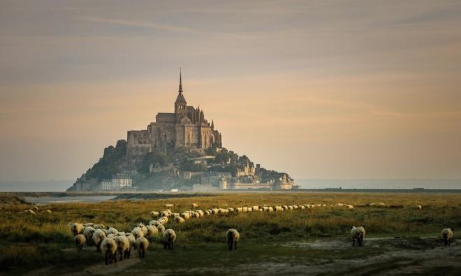 Vẻ huyền bí của lâu đài Mont Saint-Michel