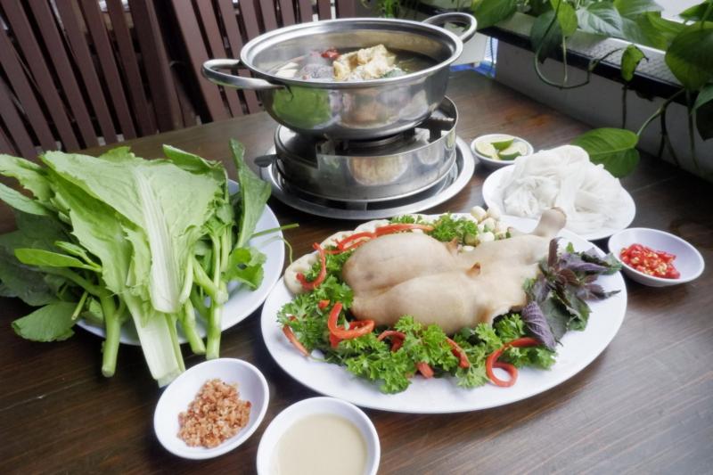 Lẩu Dê Đồng Hương