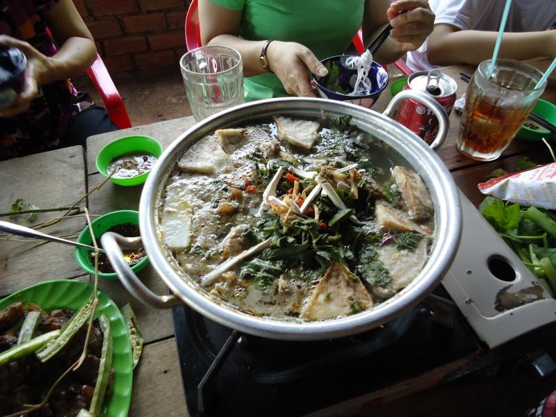 Lẩu dê Huỳnh Phương Nam