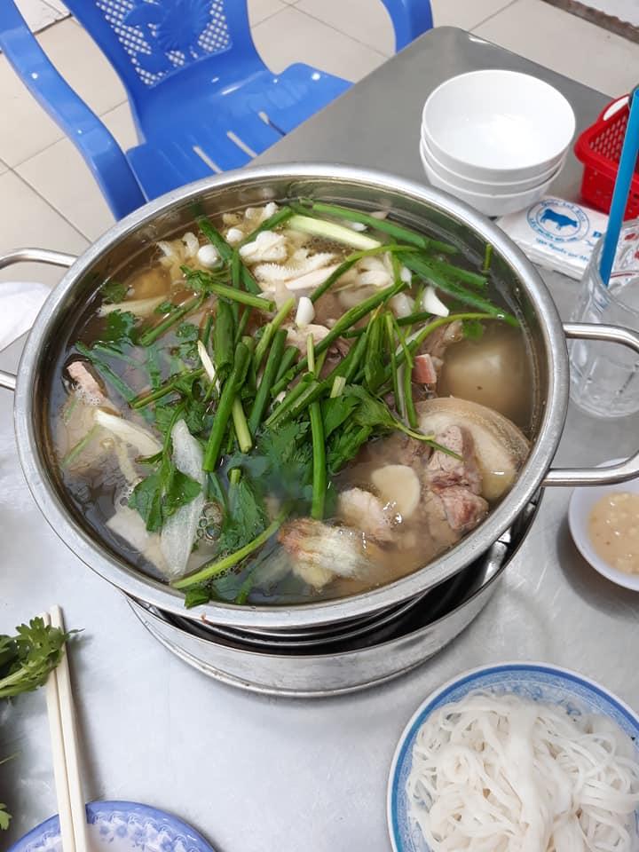 Lẩu đuôi bò Nguyễn Văn Đậu