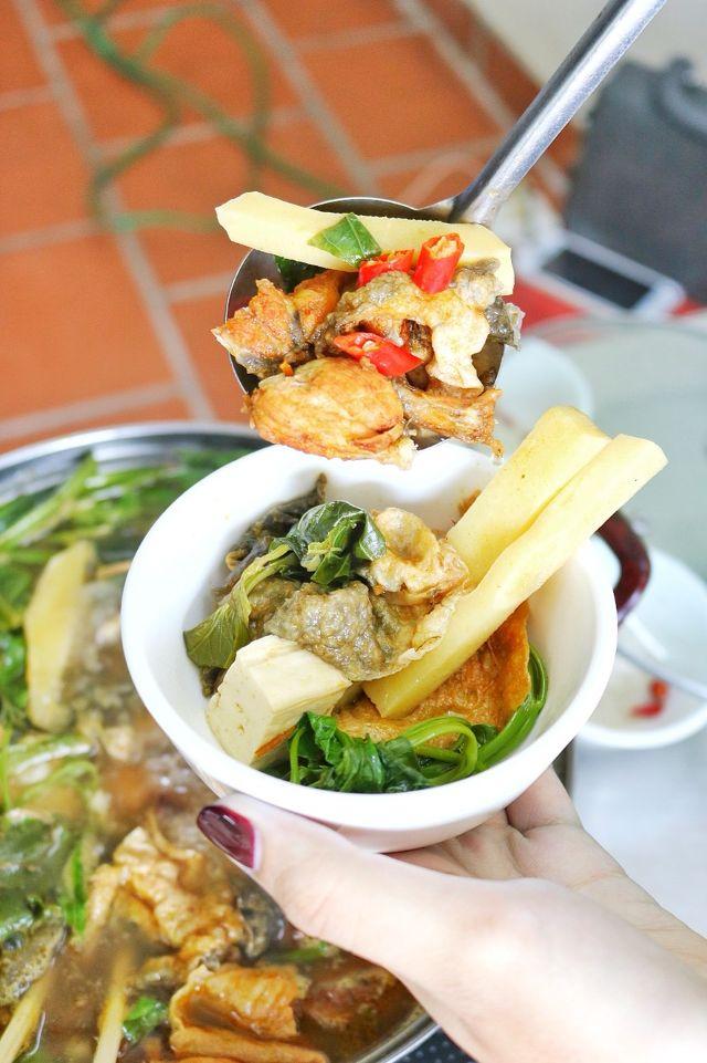Lẩu ếch Lee Tống