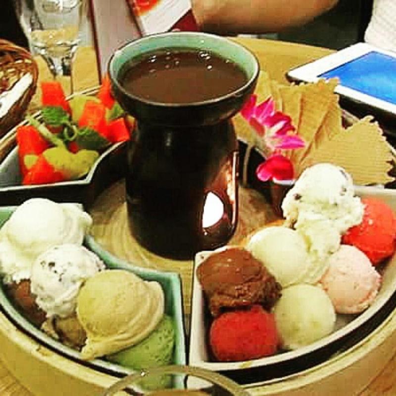 Lẩu kem hấp dẫn với nhiều hương vị