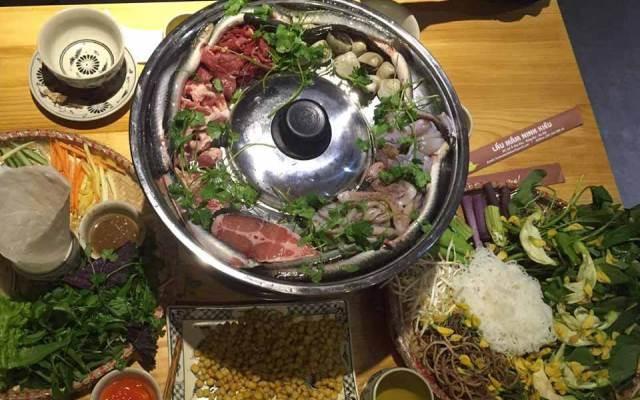 Món lẩu mắm Ninh Kiều ở nhà hàng