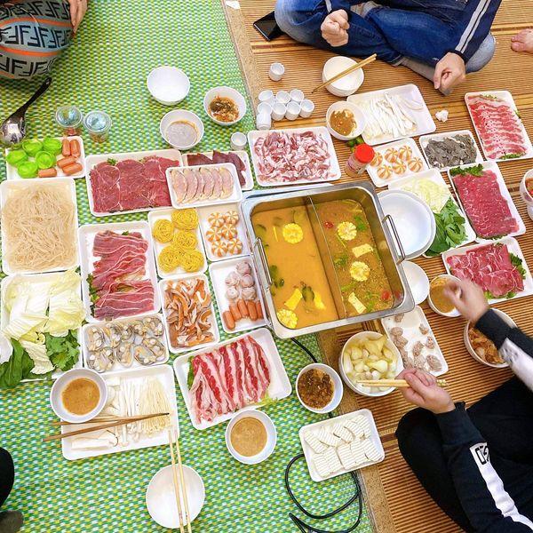 Hải sản và các món nướng khác tại Kủi quán