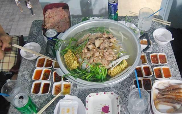 Lẩu ở nhà hàng Thái Lan số 7