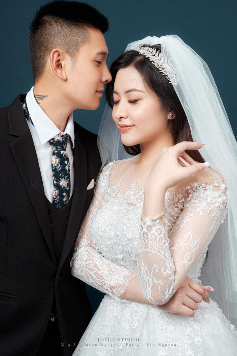 Váy cưới Sparkle quý tộc